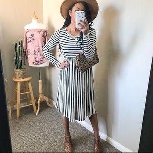 Black + White Long Sleeve Midi Dress